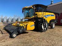 *2014 NH CX8080 Elevation sp Combine