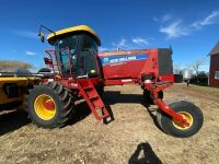 *36' NH Speed Rower 130 SP Swather