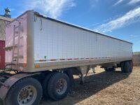 *1996 41' Wilson Pace Setter t/a aluminum hopper bottom grain trailer, VIN# 1W1MCFYA0TA223569 Owner: Gervin Stock Farms Seller: Fraser Auction ___________ ***TOD, SAFETIED***