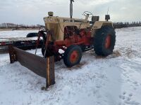 *Case 830 gas 2WD Tractor