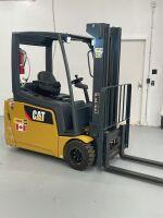 *Cat EFT 2400 forklift, s/nFN460121