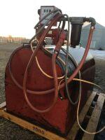 *skid tank w/12-volt pump & meter (pump not working)
