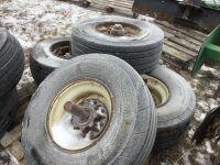 *K34 – Firestone 280/70R15 implement tires & rims