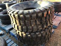 *used - 225L-161 C6 Galaxy Super Soft Turf Tread Turf Tire (N/A - need tube)
