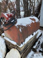 *100-gal skid tank w/Fill-Rite 12-volt pump