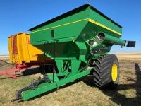 *Brent 672 grain cart