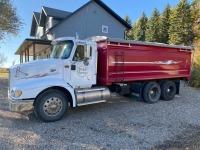 *2001 IH Eagle 9200 TA grain truck, 1,056,914kms showing, VIN#2HSCEAMR41C004356, SAFETIED, Owner: Philip E Sheane, Seller: Fraser Auction_______________