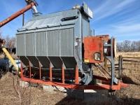 *Farm Fan CFAB-190 propane grain dryer, s/nX-1921