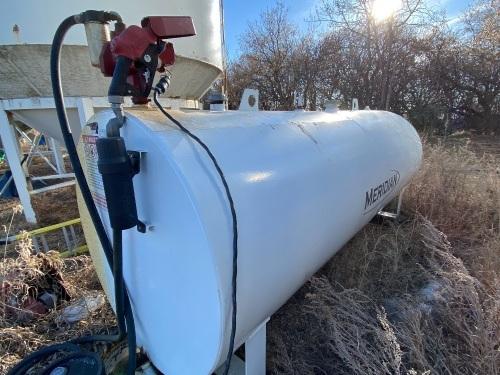 *2017 Meridian 1000-gal fuel tank w/115-volt pump