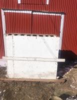Calf, hog, or sheep crate