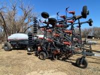 *33' Flexi-Coil 820 Air Seeder w/Flexi-Coil 1720 tow behind dual compartment air cart