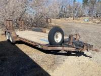 *2003 18' Saturn T/A flat deck bumper hitch trailer, VIN# 2S917B3223W010007, Owner: Everett Locke, Seller: Fraser Auction______________ ***TOD***
