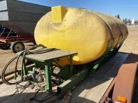 *1000-gal poly tank w/cradle, hyd pump