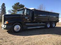 *1992 Freightliner FLD 120 T/A grain truck, 850,562kms showing, VIN#2FUYDDYB0NV485032, SAFETIED, Owner: Cameron J Schweitzer, Seller: Fraser Auction______________, ***TOD, SAFETIED & KEYS***