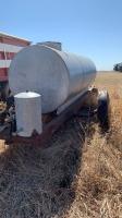 1000gal metal water tank on S/A wagon