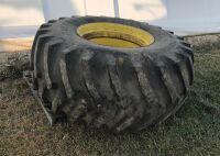 Firestone 30.5L-32 tire on JD rim (fits JD 9600 combine)