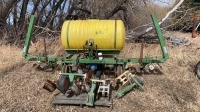 20' H&S BSW120 3pt row crop sprayer