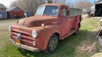 1952 Fargo s/a truck w/9ft box & hoist 53,588 miles showing, VIN #91507639, NO TOD