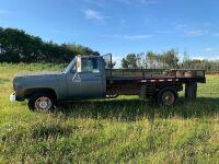 *1975 GMC Sierra 35, 91,956 miles showing, VIN#TCY3351505972, Owner: Trevor R Halwas, Seller: Fraser Auction______________, ***TOD & KEYS***
