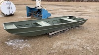 14ft Alumacraft aluminum flat bottom boat, f32