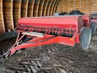 *1980 24' IH 5100 DD seed drills