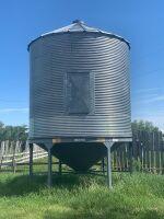 *Approx. 1800-bushel hopper bottom bin