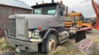 1989 IH 9300 highway tractor w/day cab, 362,674kms showing, VIN#2HSFEACR8KC022469, Owner: D L Wilson, Seller: Fraser Auction_____________________