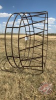 Standard round bale feed ring