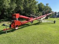 """FarmKing 13""""x70' swing hopper auger"""
