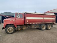 *1980 Ford 7000 Tag Axle grain truck, 58,717 miles showing, VIN#R70UVJD7687, Owner: David Caldwell, Seller: Fraser Auction__________________, ***TOD, SAFETY & KEYS***