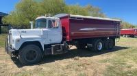 1973 Mack T-600 T/A grain truck, 88,945 showing, vin-R685T36107, SAFETIED Owner: J & M Farms Ltd Seller: Fraser Auction _____________________