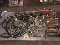 VARIETY OF HYDRAULIC CYLINDERS AND HOSES