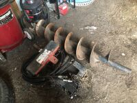 """BUCKET MOUNT POST HOLE AUGER, HYDRAULIC DRIVE WITH 12"""" AUGER"""
