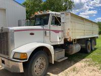 1989 Peterbilt 375 t/a grain truck 204,708kms showing, VIN# 1XPBDA9X3KN284277, SAFETIED, Owner: Estate of Dennis M Slobodzian, seller: Fraser Auction ______________, SAFETIED