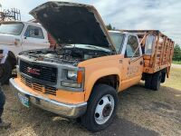 1997 GMC CR3500 truck w/deck, 450,567 kms showing, VIN#1GDKC34F9VJ511512, A32 Owner: Grant W Nychuk, Seller: Fraser Auction________________***tod & keys***