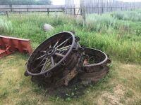 2 steel wheels-off JD Model D, A37