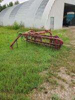 MF Hay rake side delivery w/hydraulic lift, H40