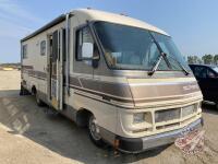 1989 Southwind Motorhome, 110,566 showing, VIN#1GBKP37W3K3318037, H87, Owner: 6847961 Manitoba Ltd, Seller: Fraser Auction_____________ ***TOD & Keys - office trailer***