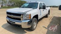 2009 Chevrolet Silverado 2500 HD LT C1 Crew Cab, 272,401 kms showing, VIN#1GCHK43K29F124606, H54, Owner: Burgess Farms Ltd, Seller: Fraser Auction______________ *** TOD & keys - office trailer***