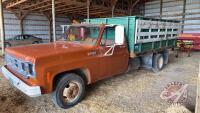 1974 GMC Super Custom 35 Hundred s/a grain truck, 40,314 miles showing, VIN#TCY3341532854, Owner: Benjamin Reuvekamp, Owner: Estate of Rita Reuvekamp, Seller: Fraser Auction__________________________