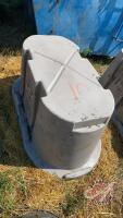 Behlen Country poly water trough (C)