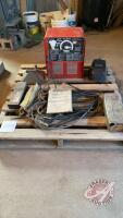 Lincoln 225/125 AC/DC welder