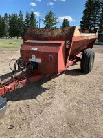 NH 3102 s/a Manure Spreader, side delivery, s/n105048, A62 (COMES WITH PTO SHAFT)