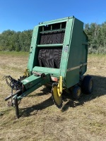 JD 430 RND baler, not running - needs new chains, new belts end of 2020 season, set up for 1000PTO, can set for 540PTO, new poly bands in pick-up, s/n744112,H40