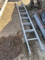 14' aluminum Extension ladder, A55