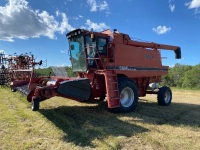 CaseIH 1680 Axle Flow sp Combine w/1015 pick-up header, Seed Saver, new drives tires, **NEEDSbottom sieves**, 4100hrs showing, s/nX18555Y, A35