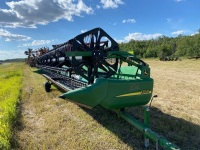 2007 30' JD 930D Draper Header w/ self transport, fore/aft, single point hook-up, new middle canvas, Field Ready, s/n H00930D721082, A61