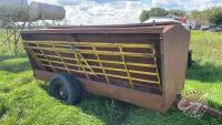 Approx 70-bus Cypress Ind creep feeder on wheels w/panels