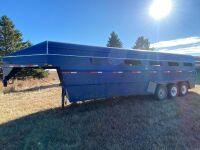 *2001 Real Industries triple axel stock trailer, VIN#2R9G7LC3311020715, Owner: Estate of John G Morrice, Seller: Fraser Auction__________