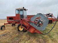 *1978 19.5' IH 4000 SP Swather
